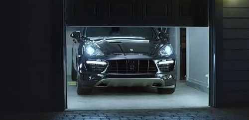 2010cayenne-commercial