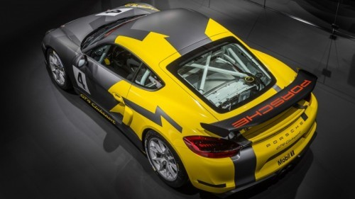 high_cayman_gt4_clubsport_2015_porsche_ag_4 (1)